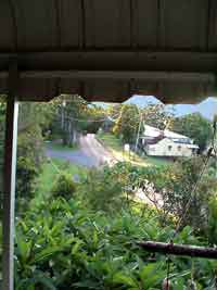 Grey Gum Lodge Nimbin NSW Australien  1550t